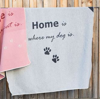 """David Fussenegger`s Hundedecke """"Home is..."""" 90 x 140 cm"""